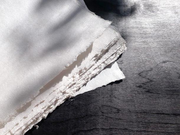 Пеньковая бумага ручного литья, 297×420 мм, ~120 г/кв.м